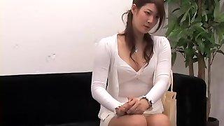 رائعتين يابانية يركب صارم في خفية كاميرا فيديو مقابلة