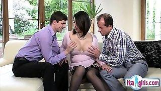 Sexy amateur deepthroat swallow