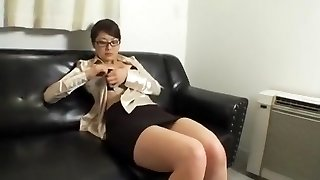Amazing homemade Big Tits, Assistant sex clamp
