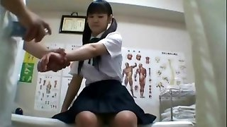 Japanese schoolgirl (barely legal+) drilled during medical exam