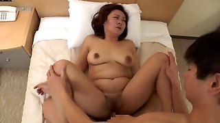 uber-sexy Japanese mature (censored)