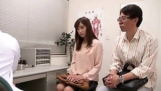Japanese couple going to fertility hospital