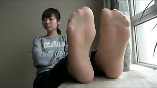 asian nylon and bare soles n soles