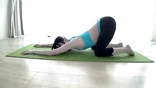 Wii Fit Trainer Yoga asian cosplay woman