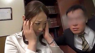 Hottest Japanese chick Saki Hatsuki in Extraordinaire Butt Licking, Couple JAV video