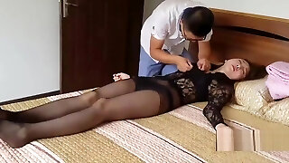 Boss drugs unknowing pretty secretary (which vid is this?)