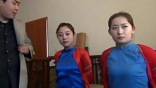 दो चीनी लड़कियों