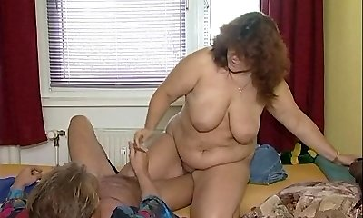 Cute belly on this Lush mature woman
