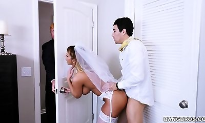 Sex With Future Step-Mother Brooklyn Pursue