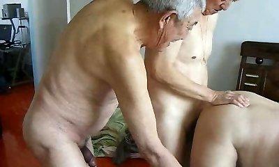 2 nonni nonno scopare