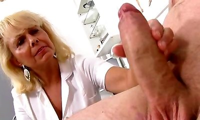 Wicked damsel doctor Koko cfnm hospital hand-job