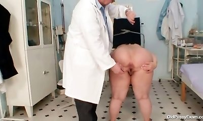 Big jugs fat mom Rosana gyno doctor check-up