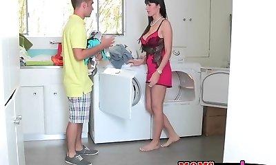 Go do some laundry with my girlfriend's mummy