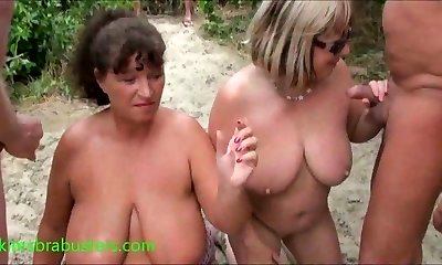 Grannie Kims beach cum party