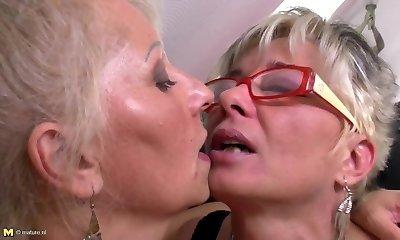Perfect mature mothers at lesbian threeway