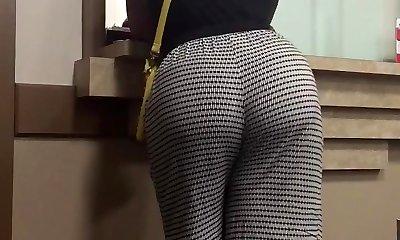 Big booty milf - Momba