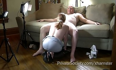 Wife Agrees To Suck A Stranger's Knob