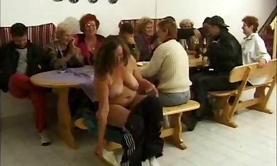 7 Grandmas Party