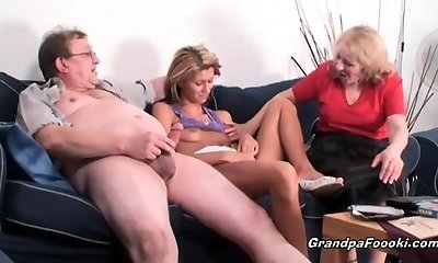 Thin babe gets fucked in hard threesome