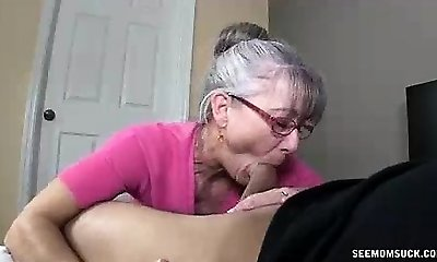 Mom Litterally Slobbers To The Young Hard Man-meat