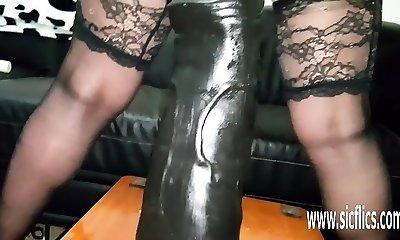 Gargantuan dildo fucking amateur Cougar Sarah
