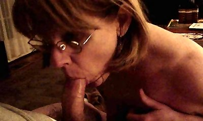Mrs. Commish gargles cock in glasses