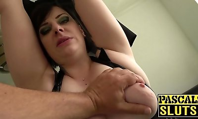 Chubby mature lady Elouise Zeal deepthroat and tough sex