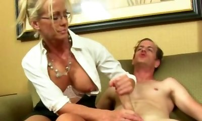 Elegant cougars hand job for happy hotel worker