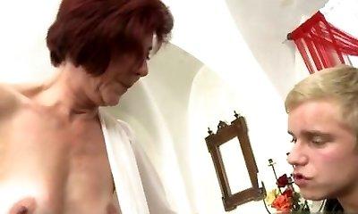 Chesty girlfriend tittyfuck