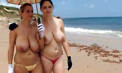 Mature big super-sexy tits