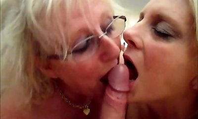 mummy janet n wifey susie in'cum-swap' action