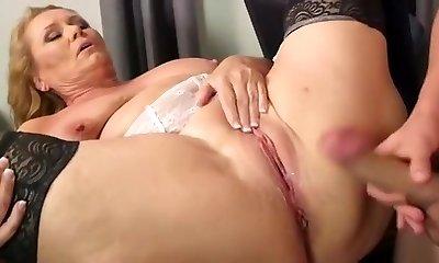 Best homemade Mature, Stockings sex movie