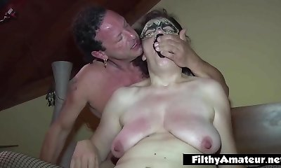 Mature whore take sole in coochie! Extreme sex!