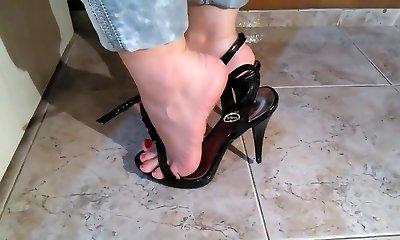Beautiful mom feet... 2