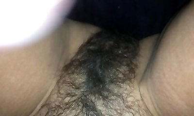 Big load on mommys unshaved pussy