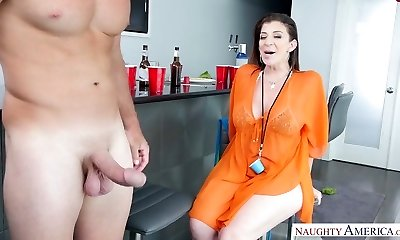 Dirty mature slut eats schlong on her knees and rails it on top