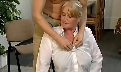Mature platinum-blonde police officer gets pounded and facialized