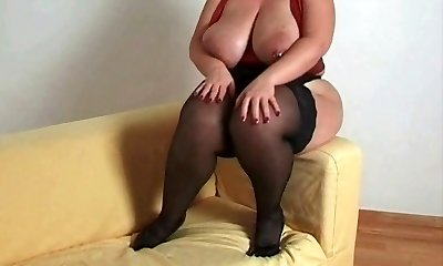 Breasty plus-size mom i'd like to fuck in nylons