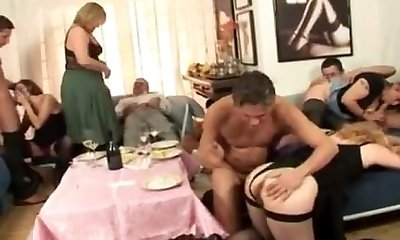 4 mature women in orgy