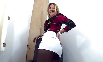 Jerk off to my pantyhosed donk 1