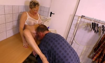 Pee fetish old fellow pees on nasty old gal before a steamy pussy pounding scene