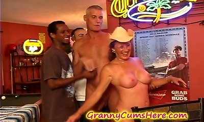 Granny gets a POOLHALL GANG Pound