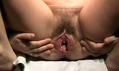 Thick Cunt close and open