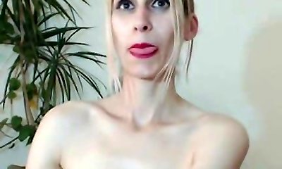 Unshaved Mature Towheaded With Big Pussy Lips