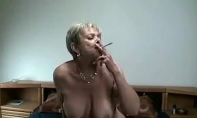 Crazy Amateur video with Grandmothers, Smoking sequences