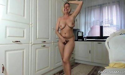 Aged amateur Milf Regina fucktoys huge hairy pussy