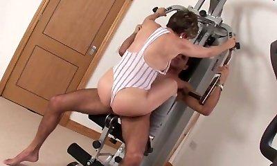 Milf Lady Sonia fucks gym fucking partner cum shot tit