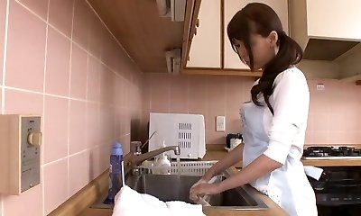 Thick squirting japanese mom by airliner1