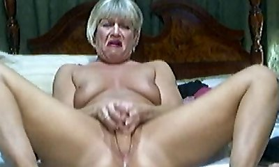 Steamy Blonde Mature on cam 2