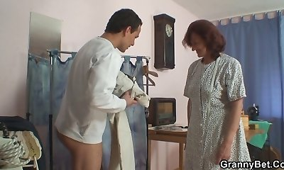 Sewing old girls gulps customer's cock